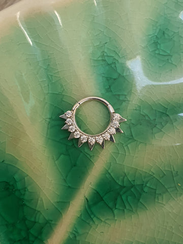 Auris Spike Ring with Gems