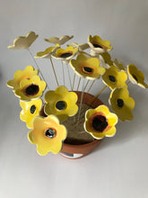 Load image into Gallery viewer, Ceramic Flowers