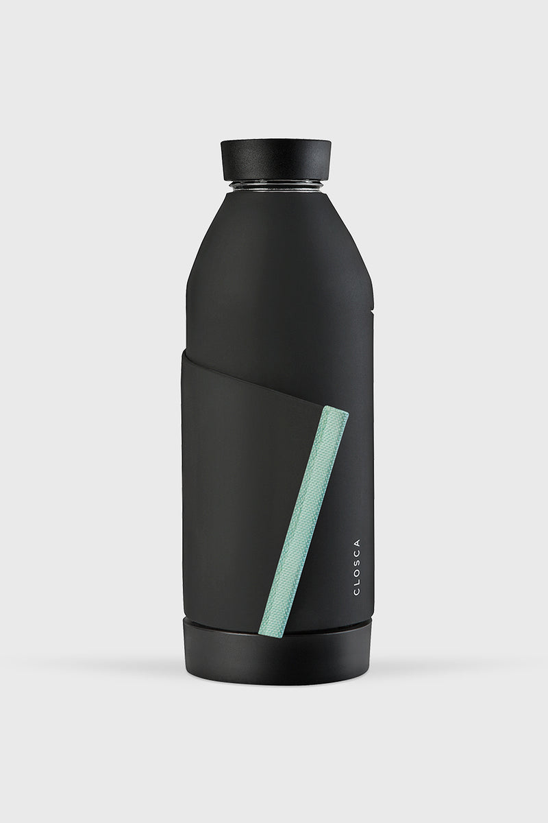 CLOSCA Unisex Bottle Black Glacier