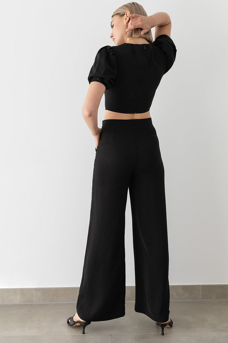 100% Recycled Puff Sleeve Cropped Top