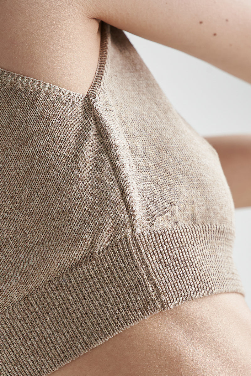 Cropped Knitted V-neck Top