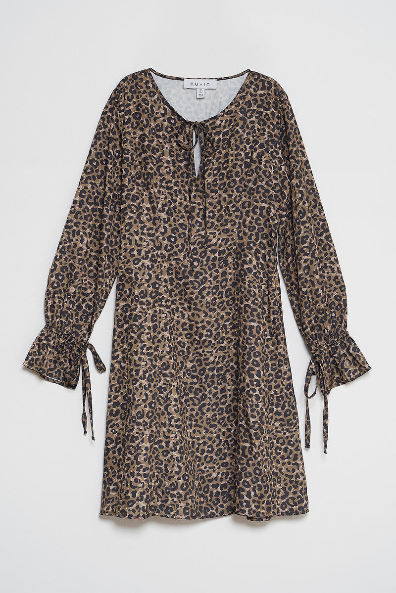 100% Recycled Key Hole Flowy Leopard Print Dress