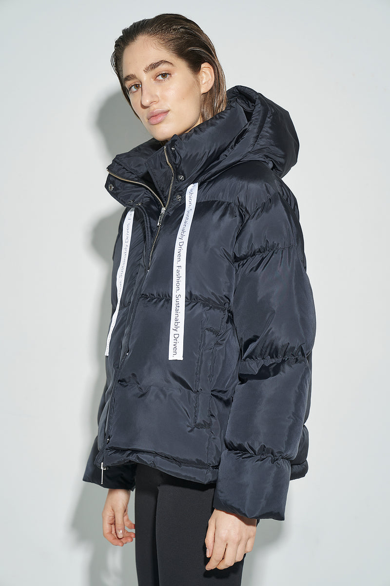 100% Recycled 2-in-1 Oversized Puffer Coat