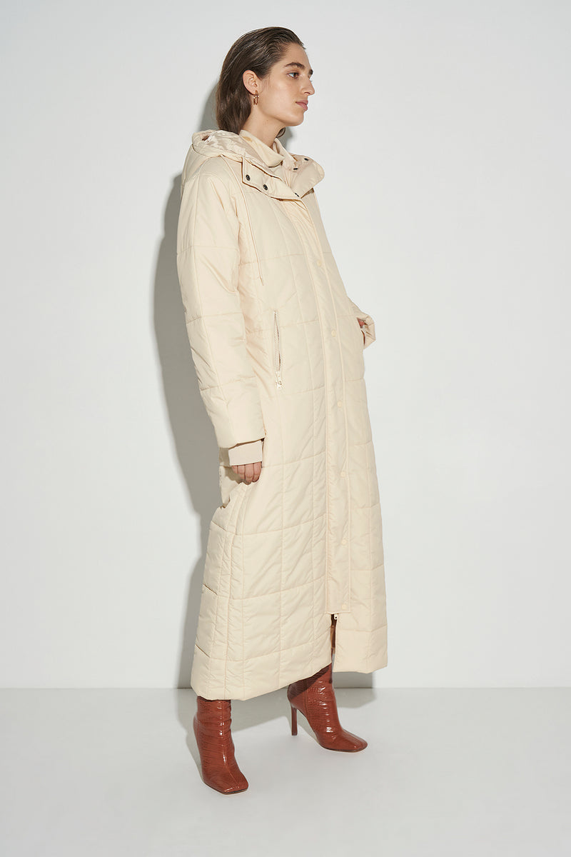 100% Recycled Quilted Puffer Long Coat