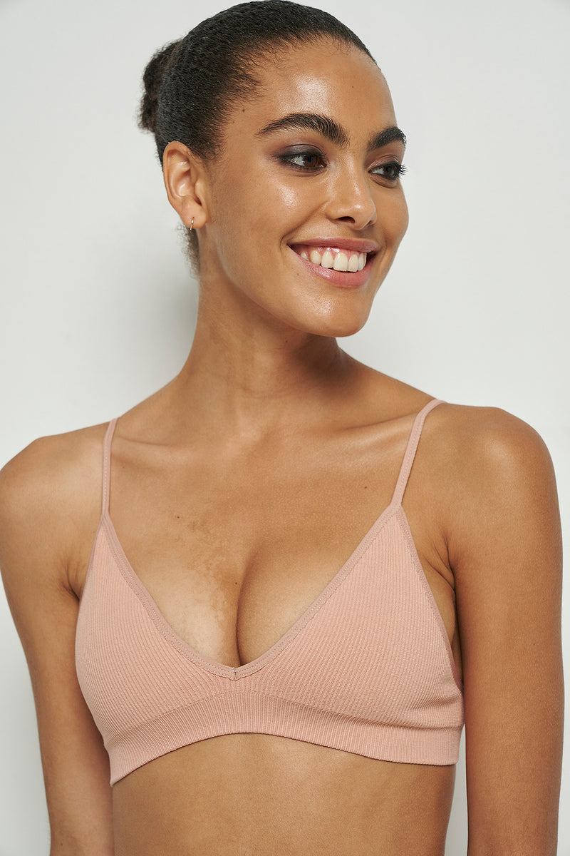 Ribbed V-neck Soft Bra