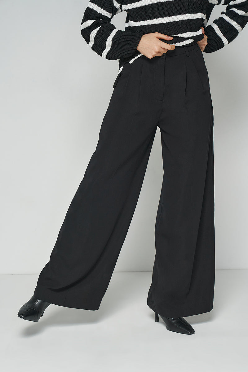 Recycled Wide Leg Woven Pleated Pants