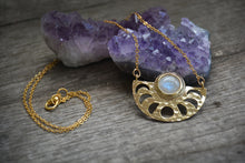 Load image into Gallery viewer, Moonstone Gold Goddess Necklace