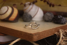 Load image into Gallery viewer, Sterling Silver Moon Tide Ring