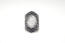 Load image into Gallery viewer, Mother of Pearl Goddess Ring