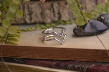Load image into Gallery viewer, Sterling Silver VV Ring