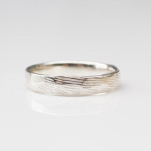 Narrow Carved Ring
