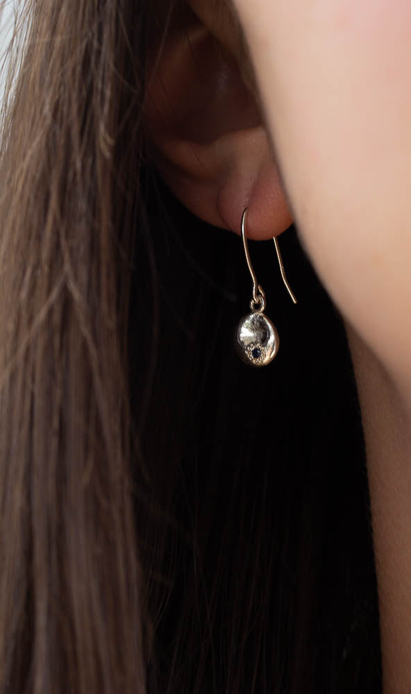 Mismatched Tanekaha and Sapphire Water Drop Earrings