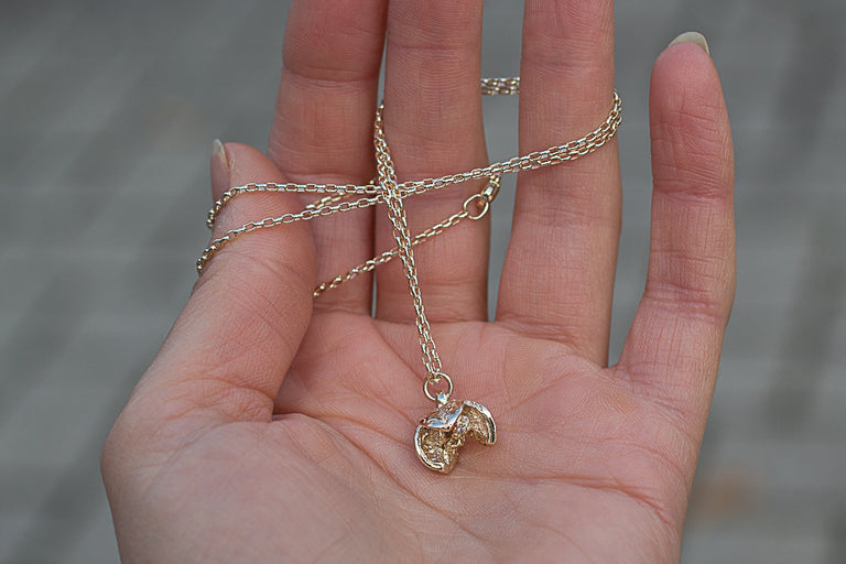 Pittosporum Seed Pod Necklace - 9ct Gold with Diamonds