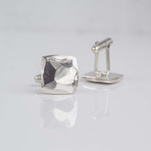 Square faceted cufflinks