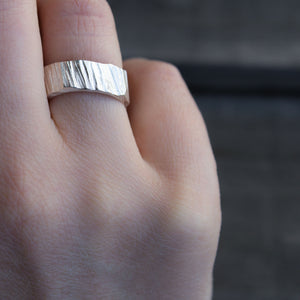 Wide Bark Ring