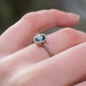 Lumen ring- 18ct white gold, set with 1ct Teal Australian Sapphire