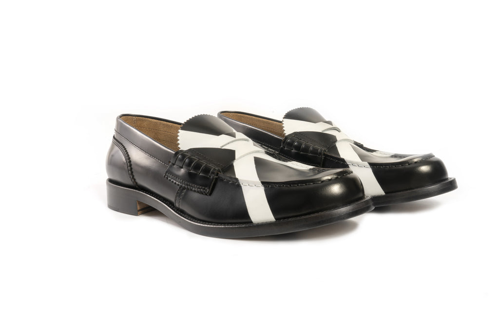 CO1380 BLACK X WHITE - Collegemoccassin