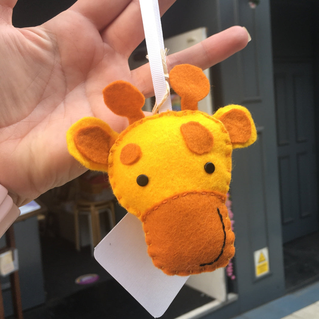 Felt Giraffe - Giddy Designs