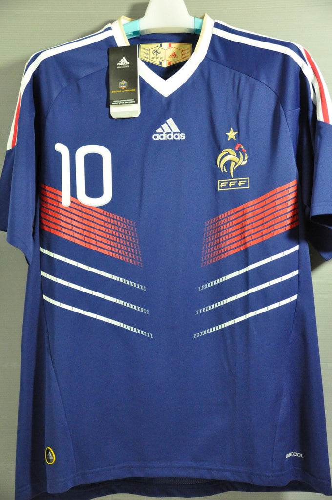 French France+BENZEMA+national football team+football++soccer+Jersey+Shirt+Maglia+Trikot+NWT++World  Cup+Europ Champion – Nice Day Sports 88c477aa0