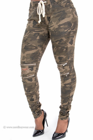 Camouflage Distressed Stretch Biker Pants with Zipper Detail