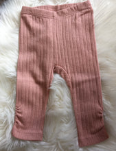 Load image into Gallery viewer, Fixoni Dusty Pink Ribbed Leggings: sizes 0m-2 years