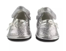 Load image into Gallery viewer, Jack & Lily Silver Mary-Janes in sizes 0M to 36M