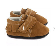 Load image into Gallery viewer, Jack & Lily Brown Suede Leather Mocs