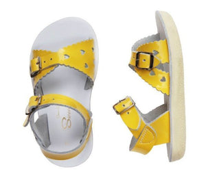 Saltwater Sweetheart Sandals in Yellow in sizes 5 to Youth 3