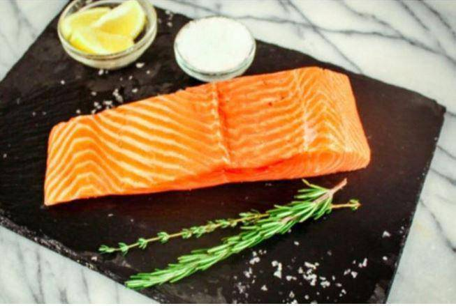 Atlantic Salmon Fillet (1 Lb) - Pepper Pantry