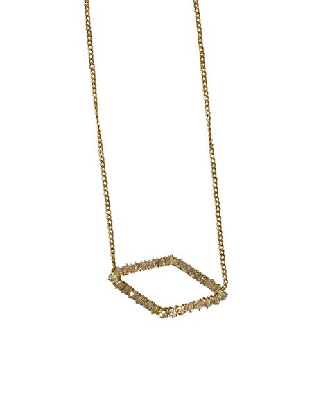 DIAMOND SHAPE CRYSTAL NECKLACE