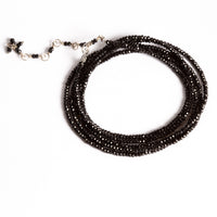 BLACK SPINEL WRAP BRACELET