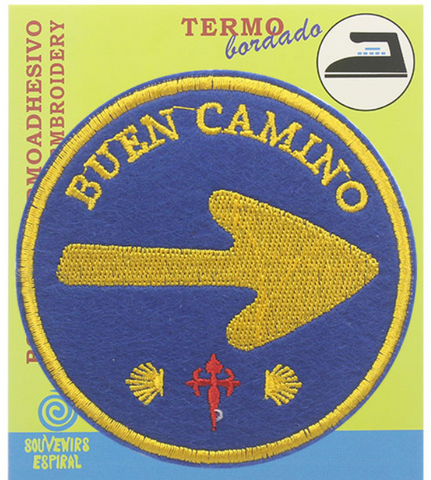Buen Camino round arrow badge