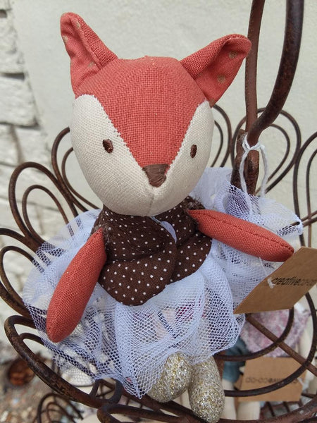 Handmade Stuffed Animals | Amelia Linen and Wood