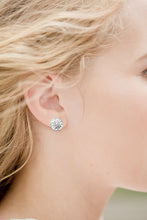Load image into Gallery viewer, Hammered Sun Stud Earrings