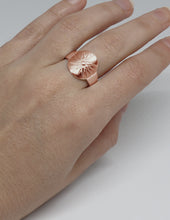 Load image into Gallery viewer, Women's Big Stater Ring