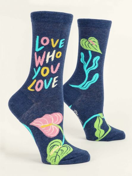 Blue Q Women's Crew Socks - Love Who You Love