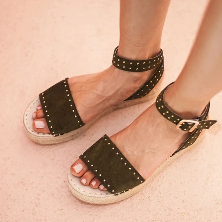 women's Summer rivet buckle sandals
