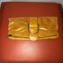 Load image into Gallery viewer, Hobo Caramel Leather Clutch