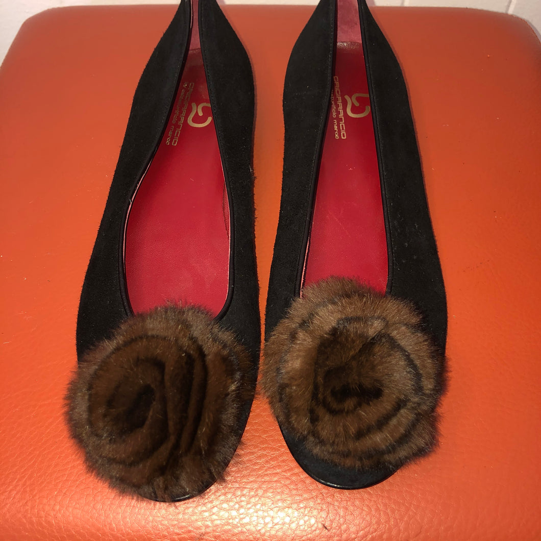 Grigiarancio Black Suede Flats with Fur Flower - 8M