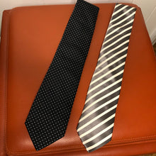Load image into Gallery viewer, Hugo Boss Silk Ties (2)