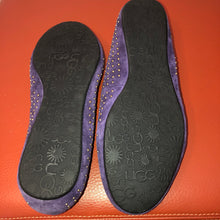 Load image into Gallery viewer, UGG Studded Purple Ballet Flats - 5.5