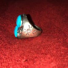 Load image into Gallery viewer, Vintage Sterling Silver and Turquoise Men's Ring - Size 10