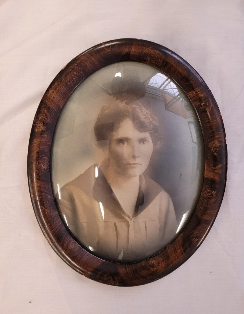 Antique Oval Framed Photo of a Women