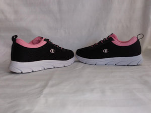 Champion Women's Shoe - NEW Size 5.5W
