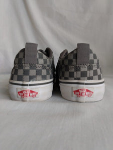 Vanns Off the Wall Gray and Black Checkered Shoes- Youth Size: 3