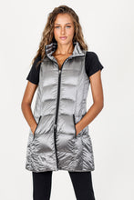 Load image into Gallery viewer, Anorak Platinum Long Metallic Down Vest