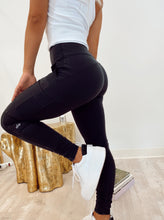 Load image into Gallery viewer, High Waist Cargo Legging in Black