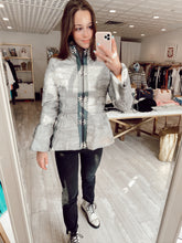 Load image into Gallery viewer, Camo Peplum Jacket