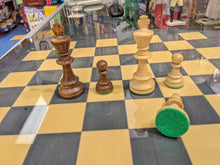 "Load image into Gallery viewer, Weighted Staunton Chess Pieces - No. 6 (3 3/4"")"