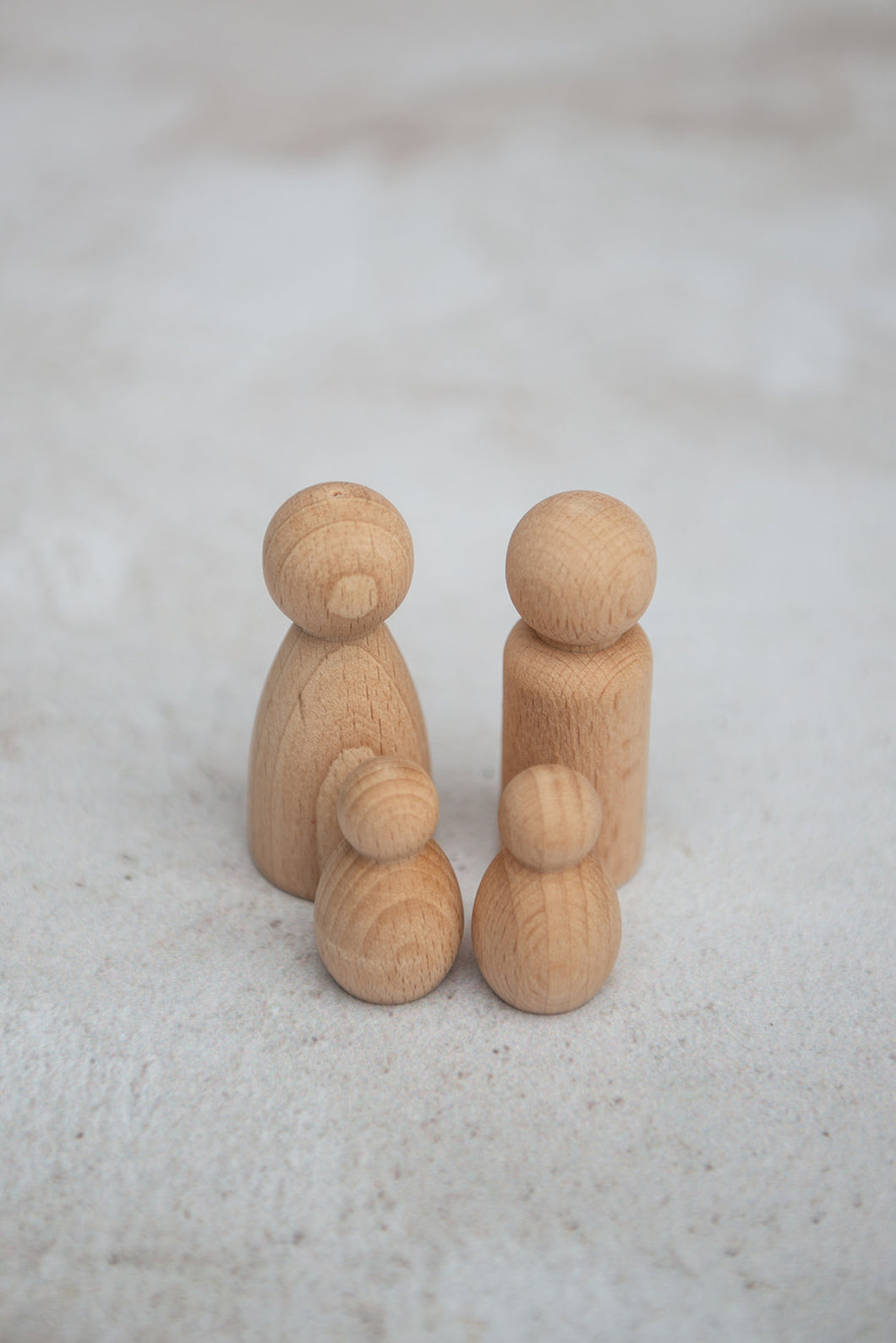 Natural Peg Family | Set of 4